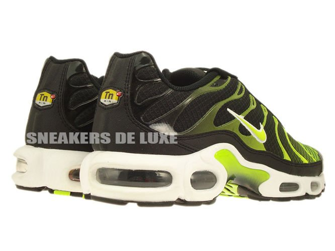 647315-071 Nike Air Max Plus TN 1 Black-White/