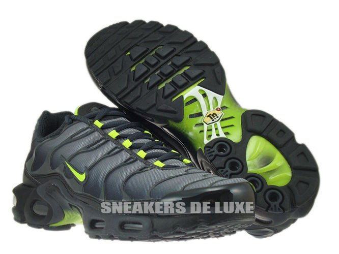 nike air max tn black and green