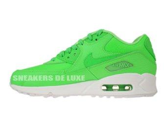 724821-300 Nike Air Max 90 Voltage Green/Voltage Green-White