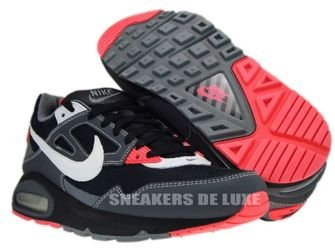 Nike Air Max Skyline Black/White Dark Grey Solar Red  343886-026